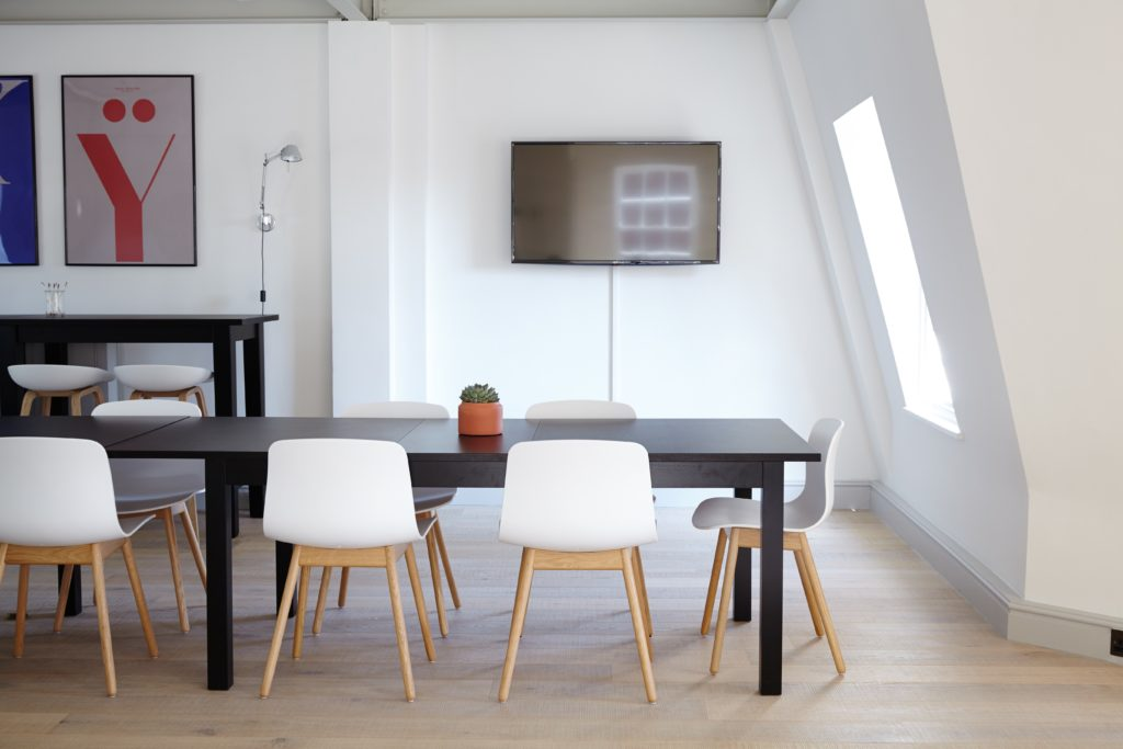 8 tips and tricks to sell your home faster